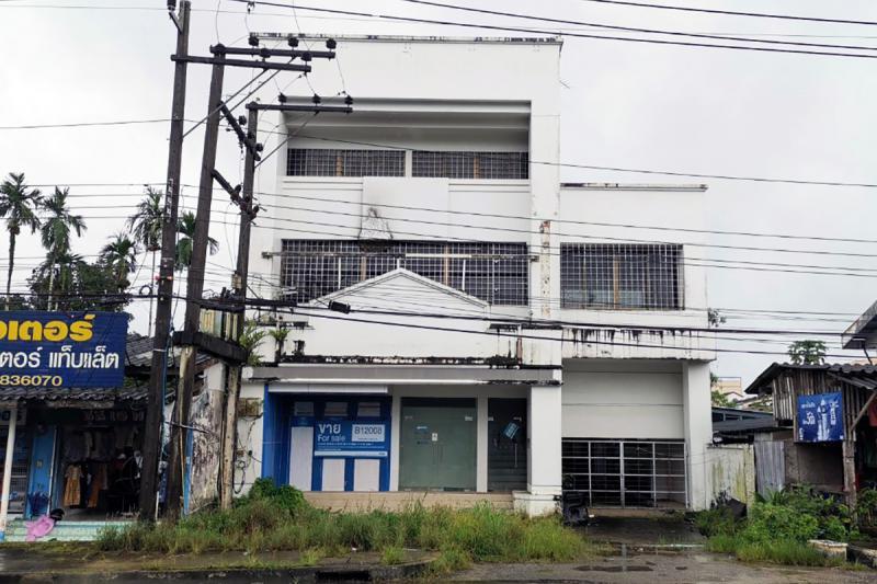 199/2 ถนนเพชรเกษม น้ำจืด กระบุรี ระนอง